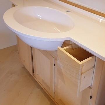 Mobili bagno e cornici grezze